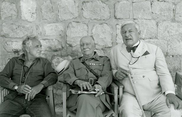John Gielgud,Peter Ustinov