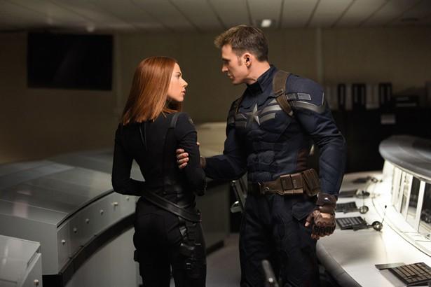 Chris Evans,Scarlett Johansson