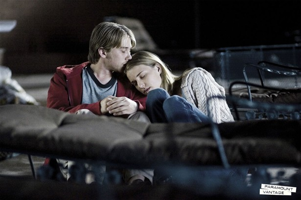 Chris Pine,Emily VanCamp