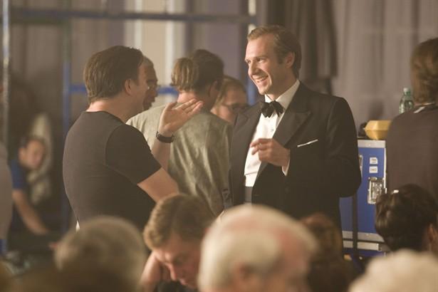 Ralph Fiennes,Ricky Gervais