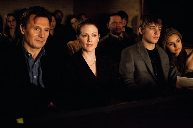 Julianne Moore,Liam Neeson,Max Thieriot