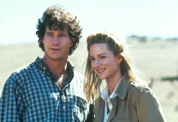 Dylan Walsh,Laura Linney