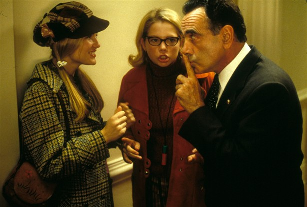 Dan Hedaya,Kirsten Dunst,Michelle Williams