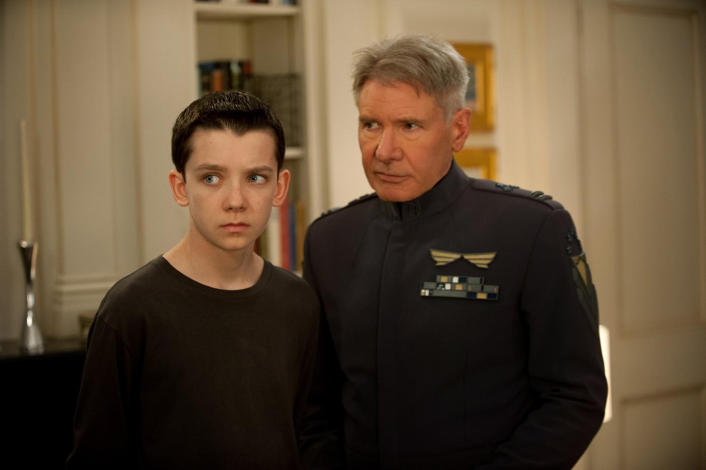 Asa Butterfield,Harrison Ford