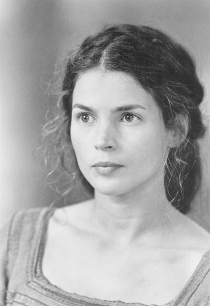 Julia Ormond