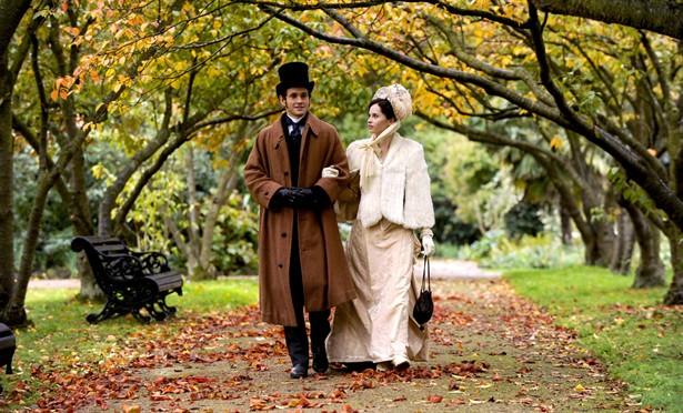 Felicity Jones,Hugh Dancy