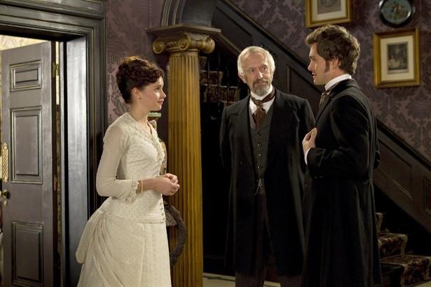 Felicity Jones,Hugh Dancy,Jonathan Pryce