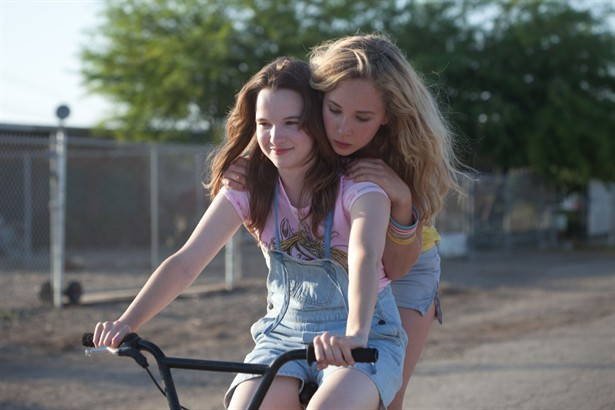 Juno Temple,Kay Panabaker