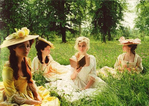 Kirsten Dunst,Rose Byrne