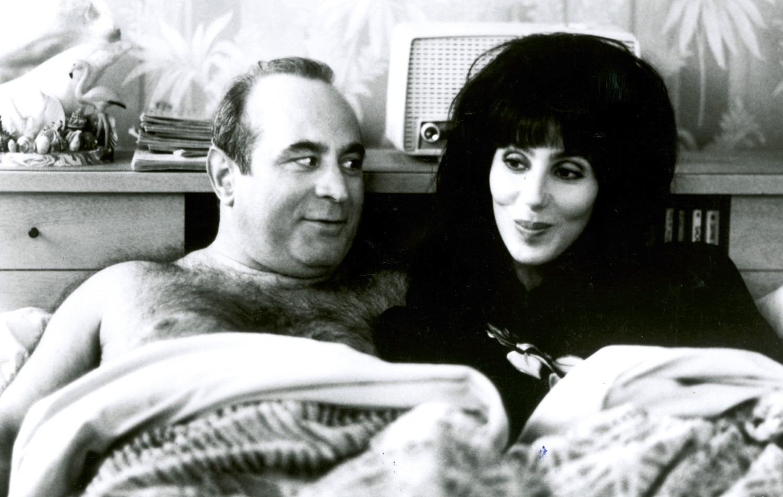 Bob Hoskins,Cher LaPierre
