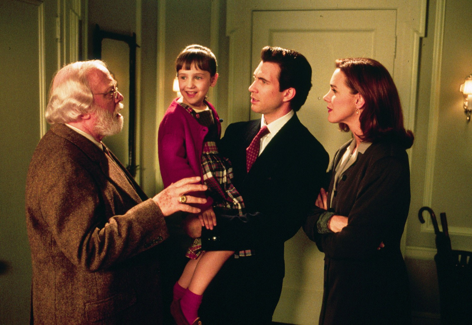 Dylan McDermott,Elizabeth Perkins,Mara Wilson,Richard Attenborough