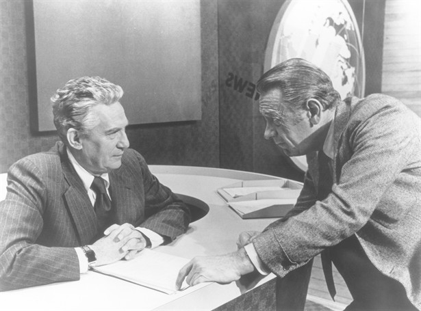 Peter Finch,William Holden