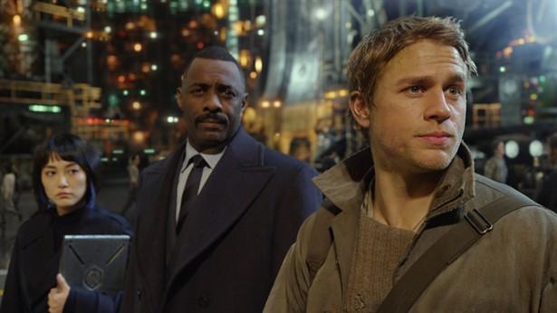 Charlie Hunnam,Idris Elba