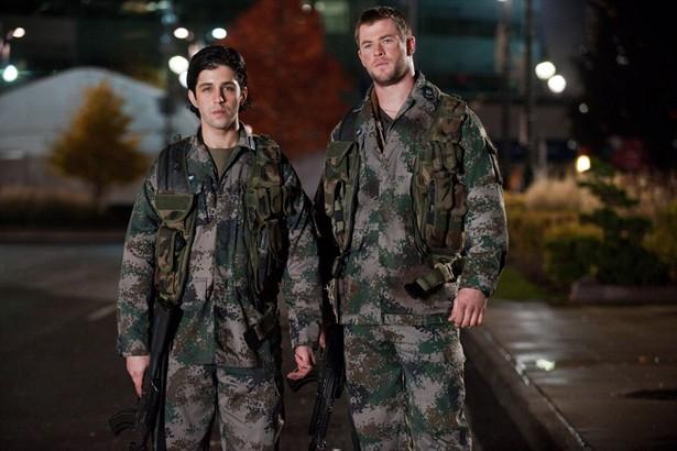 Chris Hemsworth,Josh Peck