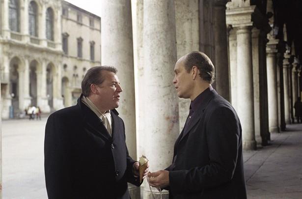John Malkovich,Ray Winstone