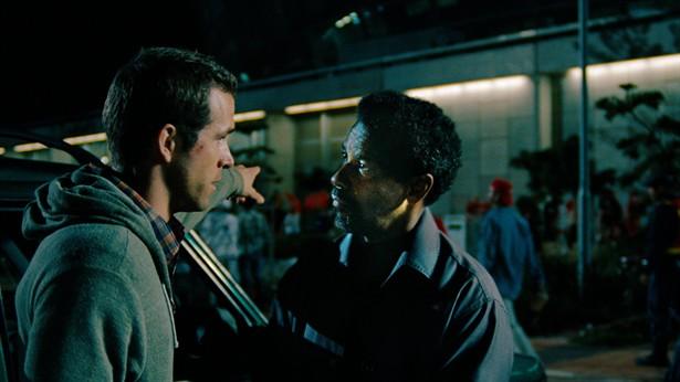 Denzel Washington,Ryan Reynolds