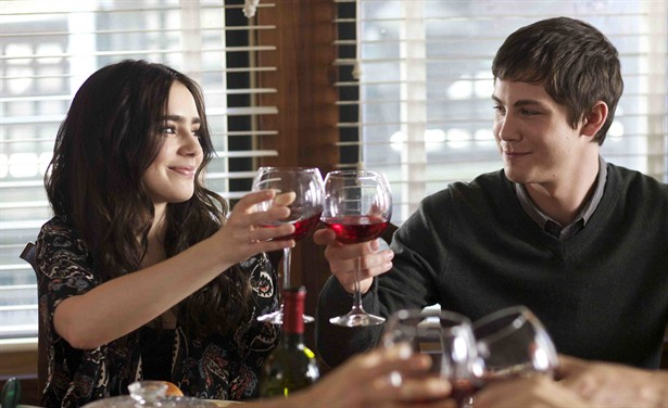 Lily Collins,Logan Lerman