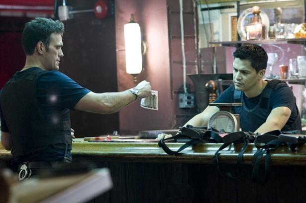 Jay Hernandez,Matt Dillon