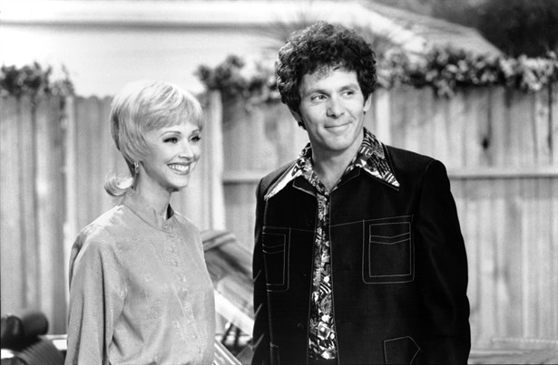 Gary Cole,Shelley Long
