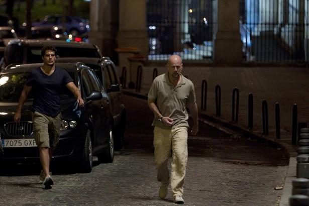 Bruce Willis,Henry Cavill