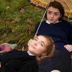 Florence Pugh,Maisie Williams