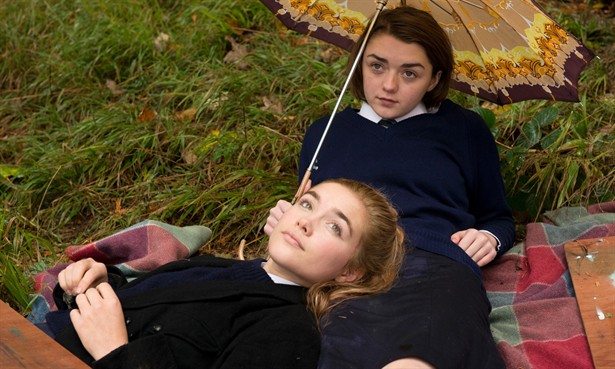 Florence Pugh,Maisie Williams