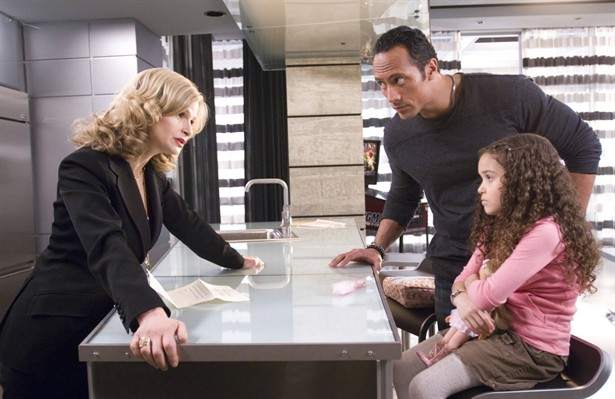 Dwayne Johnson, Kyra Sedgwick,Madison Pettis