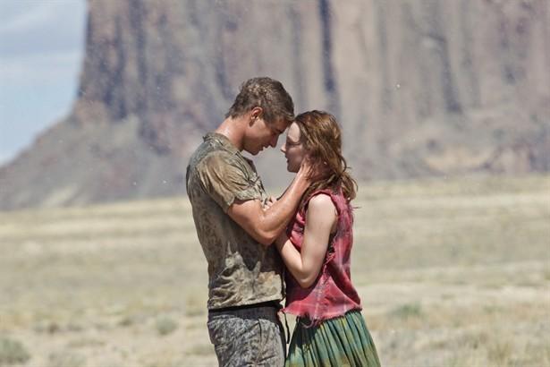 Max Irons,Saoirse Ronan
