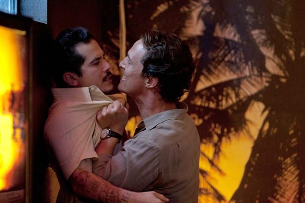 John Leguizamo,Matthew McConaughey