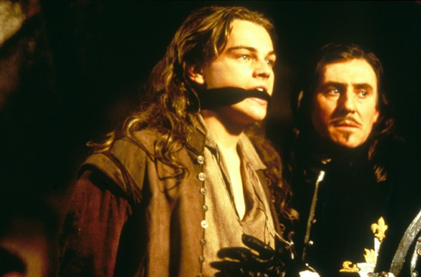 Gabriel Byrne,Leonardo DiCaprio