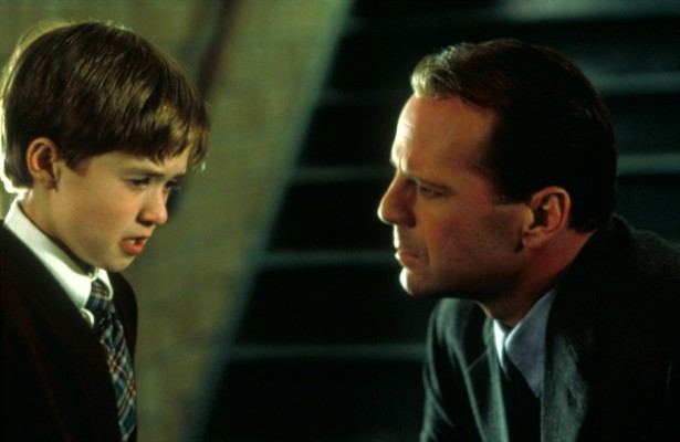 Bruce Willis,Haley Joel Osment