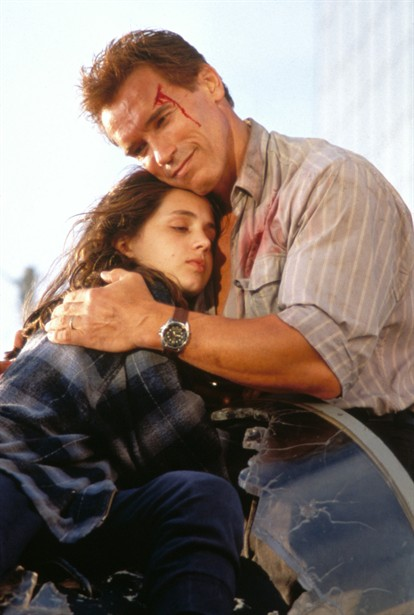 Arnold Schwarzenegger,Eliza Dushku