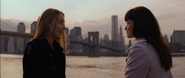 Alexis Bledel,Saoirse Ronan