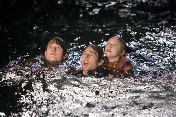 Dakota Fanning,Tim Robbins,Tom Cruise