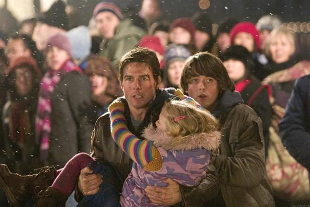 Dakota Fanning,Justin Chatwin,Tom Cruise
