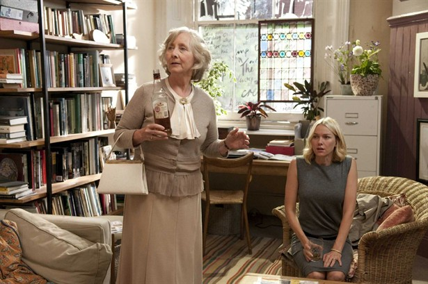 Gemma Jones,Naomi Watts