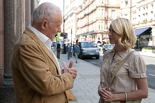 Anthony Hopkins,Naomi Watts